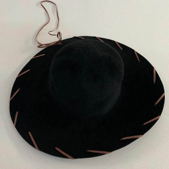 12690bf31 Vintage Wide Brim Hat (Black)
